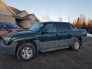 2002 Chevy Avalanche 4x4 5.3L Best Offer