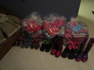 Girls Footwear and Clothes, Size 4-5T