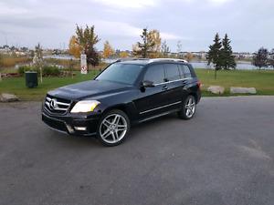 2011 Mercedes-Benz GLK w/ NAV, BACK UP CAMERA, PARKING SENSORS