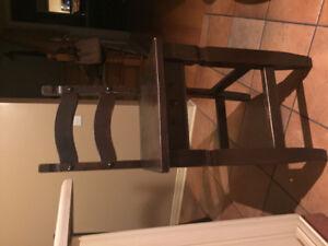 2 Chaises pour comptoir de cuisine pour 30$