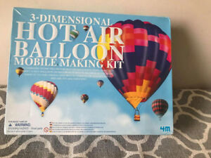 3D Hot Air Balloon Mobile Making 4M Kit Brand new in the Box