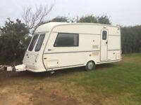 Vanroyce 470 ETL 2 berth caravan