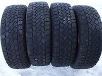 4 pneus hiver 195-65-15 Snow-Trakker