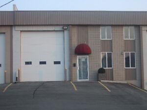 LEASE: 3,487 SQ FT - EQUIPPED WOODWORKING SHOP WITH PAINT BOOTH