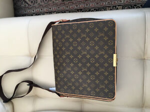 Brand new Louis Vuitton messenger bag. Never used.