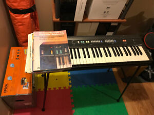 Casiotone CT-360 keyboard with homemade stand