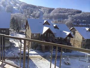 Bromont.. vrai ski in-ski out,condo de luxe