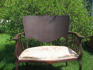 ANTIQUE SETEE AND CHAIR Peterborough Peterborough Area image 3