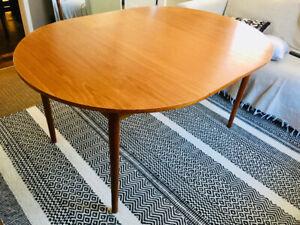 Mid century Modern Scandinavian teak Table!