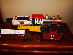 g scale engine  and cars London Ontario image 1
