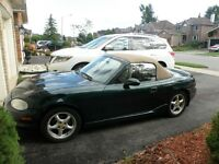 1999 Mazda MX-5 Miata Base Convertible