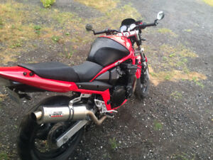 2006 Suzuki 650 need gone make offer