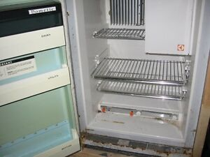 GE fridge 2 years old 15.5 cub foot Kawartha Lakes Peterborough Area image 6