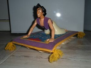Disney, jouet de collection Aladdin sur son tapis volant (RARE)