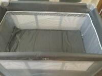 Red kite dreamer bassinette travel cot