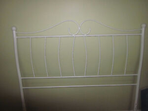 White Metal Head Board for Double Bed