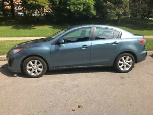 2011 Mazda 3 / LOW KM 98,000 ONLY