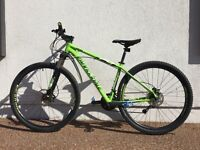 Cannondale Trail 4 2015 29er - mint condition mountain bike
