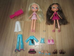 """""""BRATZ"""" DOLLS WITH SNAP ON CLOTHES & ACCESSORIES - $6.00 for LOT"""