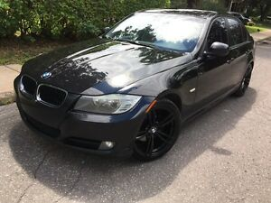 2009 BMW 323i (Winter Tires Included)!
