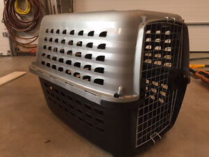 Petmate Dog Carrier/Kennel medium size