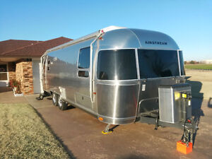 2014 new Airstream Flying Clpud 28