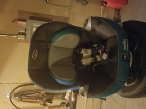 EvenFlo car seat 3 in 1 uses 3 months cleaned and stored