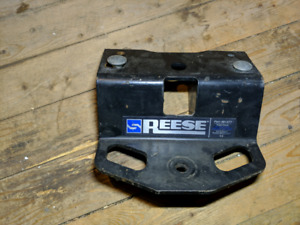 Reese step bumper trailer hitch