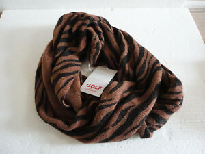Women cable knit animal print infinity scarf Brand new with tag London Ontario image 1