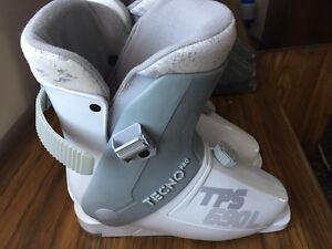Used Boots Techno Pro