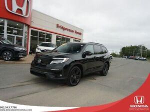 2019 Honda Pilot Black Edition - AWD - Almost New!! 7 Seater!