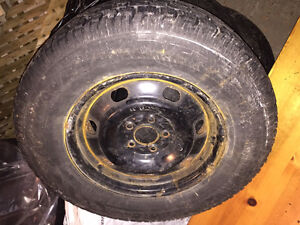 """Avalanche 235/70R 16"""" with 5 bolt rims Kitchener / Waterloo Kitchener Area image 1"""