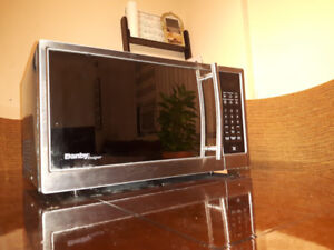 Danby Microwave Excellent Condition