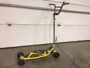 Kids scooter $10