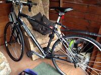 Specialized Sirrus bike (practically new)