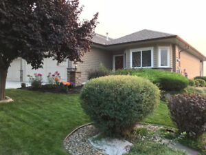Beautiful 4 Bedroom 3 Bathroom Town home with Gorgeous Views