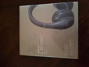 Brand new bluetooth samsung level on wireless headphones