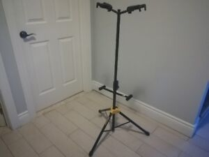 Hercules for 2 guitars stand