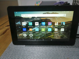 Amazon 7 inch fire HD tablet 5th generation with alexa