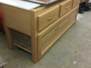 WORKBENCH  WITH  HD DRAWERS, ALL OAK WOOD