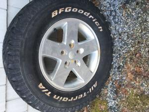"""10 jk 17"""" wheels Jeep Wrangler $25 each"""