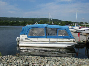 Pontoon Boat Motor and Trailer - Woodstock NB