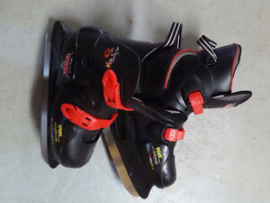 Youth Adjustable size 3-6 CARS skates