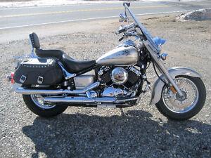 V-Star classic 650 silverado 2002 $3450.00 ''Faite une offre !!!
