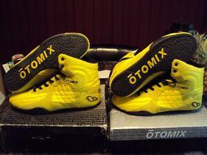 Otomix Stingray Yellow Limited Edition size 13