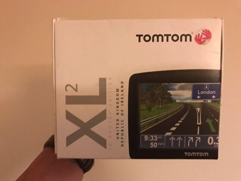 TomTom XL 2 Routes Edition 2 - UK & IE IRELAND Automotive GPS Receiver 4ET03