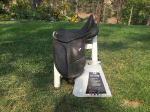 Adjustable Dressage Saddles for sale