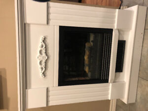 Quality Craft Electric Fireplace/Heater