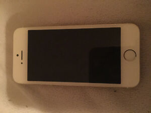 IPhone 5s 16gb with Bell