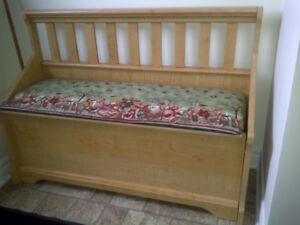 Maple Storage Bench